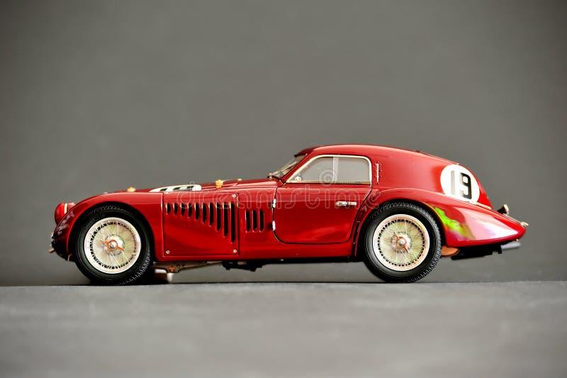 Alfa Romeo 8C 2900B #19 24H Frankreich, 1938 - perfil do lado esquerdo foto de stock