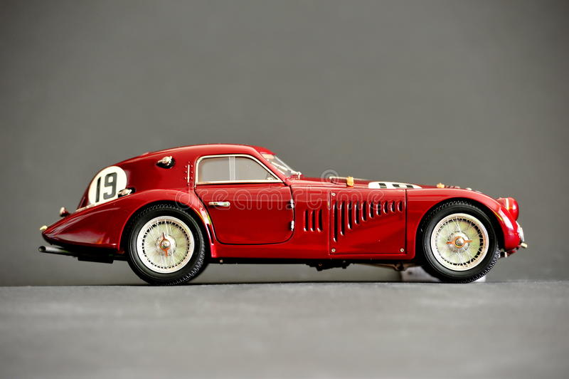 Alfa Romeo 8C 2900B #19 24H Frankreich, 1938 - rechte Seite lizenzfreies stockfoto