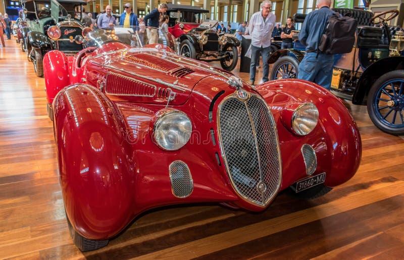 Alfa Romeo 1937 6C carro da aranha de 2300 milímetros em Motorclassica fotografia de stock royalty free
