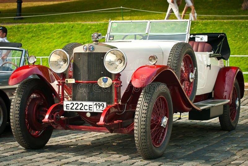 Alfa romeo do vintage do Vermelho-Withe fotos de stock