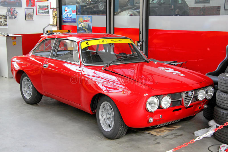 Alfa Romeo 1750 GT Veloce royalty free stock images