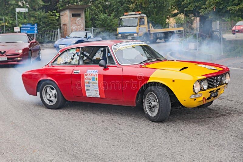 Alfa romeo GTV 2000 do carro de competência do vintage fotografia de stock