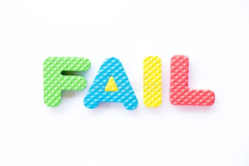 Alfabeto da espuma do brinquedo da cor na falha da palavra no fundo branco ilustração royalty free