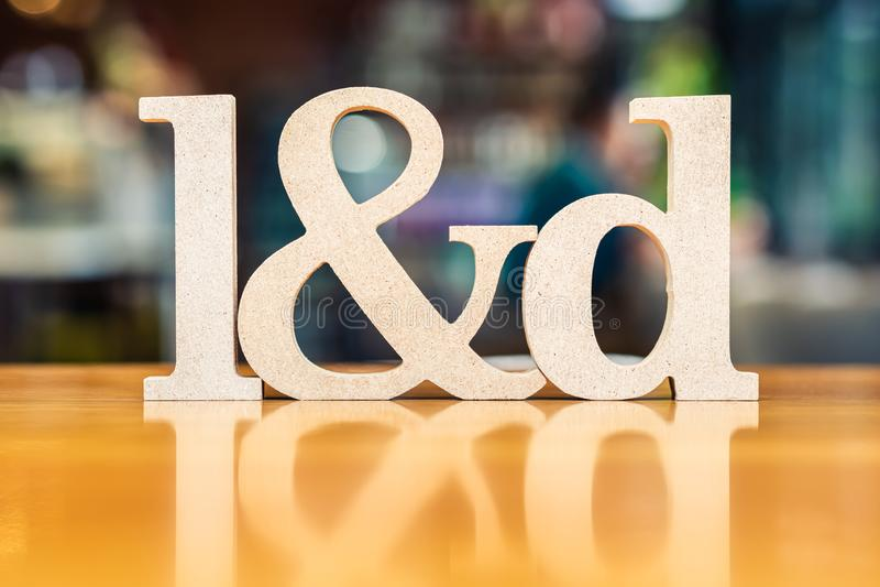 Alfabeto de L&D na aprendizagem e no desenvolvimento do fundo do borrão imagens de stock royalty free