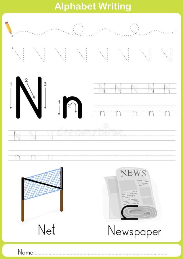 Alfabeto A-Z Tracing Worksheet, exercícios para crianças - A4 de papel aprontam-se para imprimir ilustração royalty free