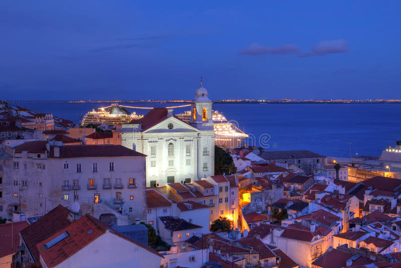 alfama lisbon portugal arkivfoton
