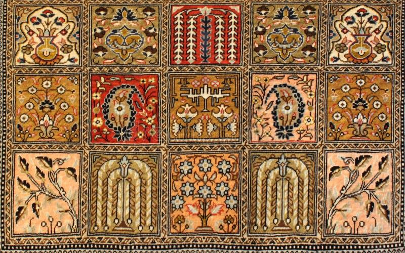 Alfombra persa en centro comercial imagenes de archivo