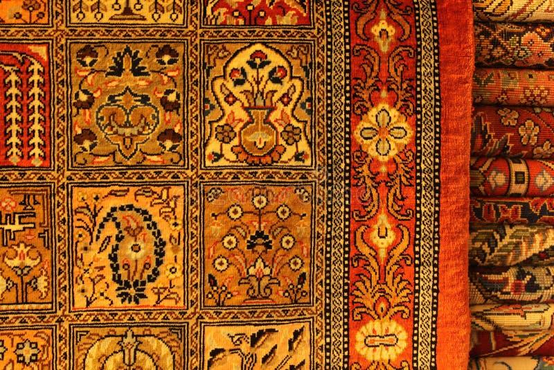 Alfombra persa en centro comercial imágenes de archivo libres de regalías