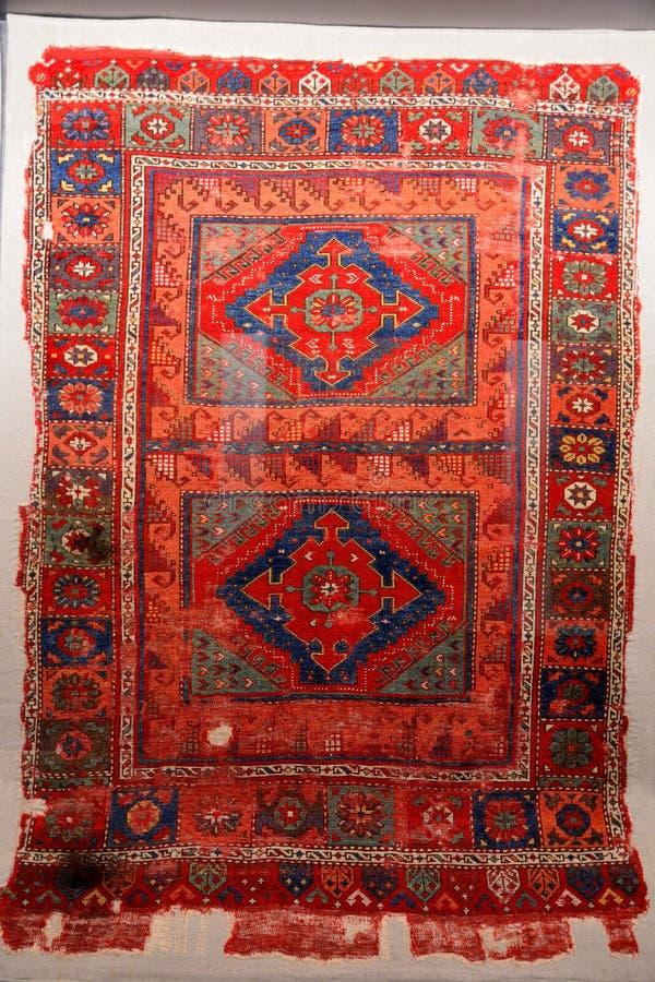 Alfombra turca típica de Anatolia central, fechando a partir de siglo XVI imagenes de archivo