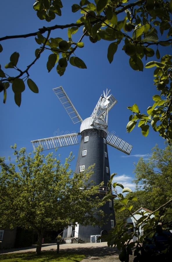 Alford Lincolnshire, Förenade kungariket, Juli 2017, sikt av Alford Windmill arkivfoto