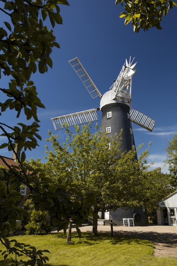 Alford Lincolnshire, Förenade kungariket, Juli 2017, sikt av Alford Windmill royaltyfria foton