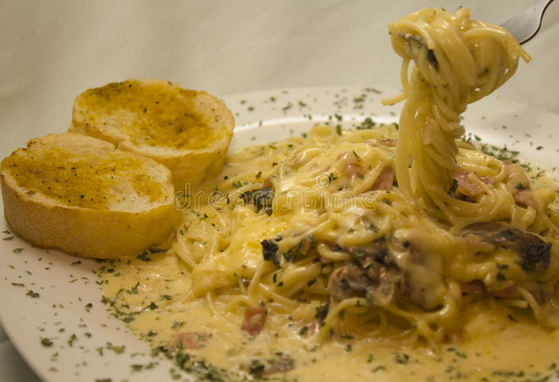 Alfredo Spaghetti stock afbeelding