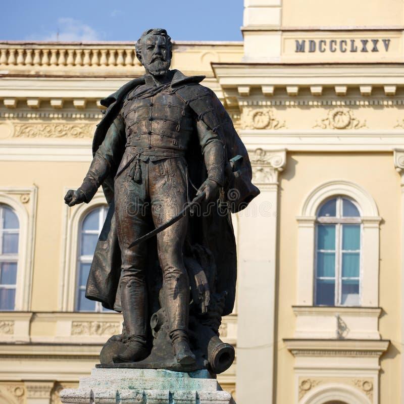 Algemeen Klapka-standbeeld in Komarno stock foto's