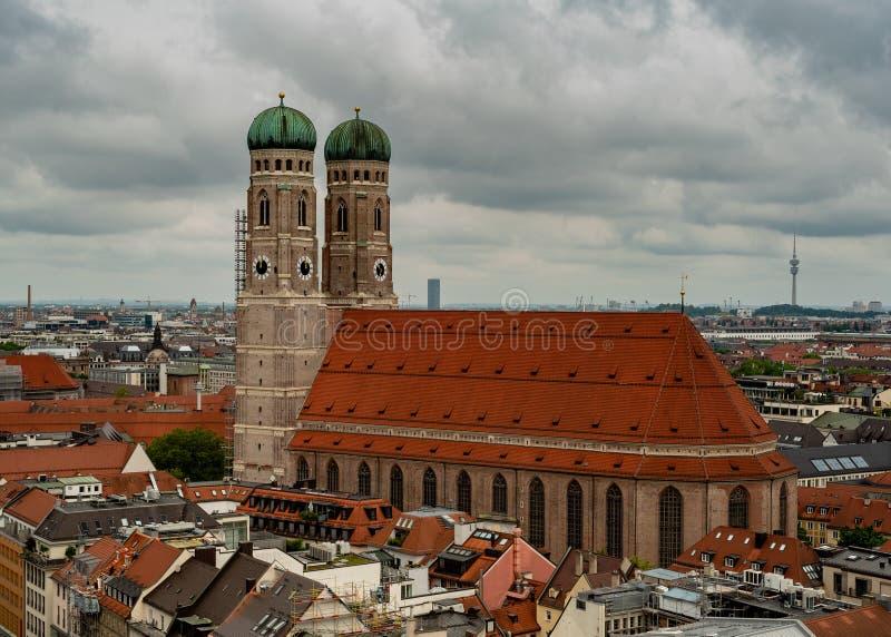 Algemeen satellietbeeld van München van een toren stock afbeelding