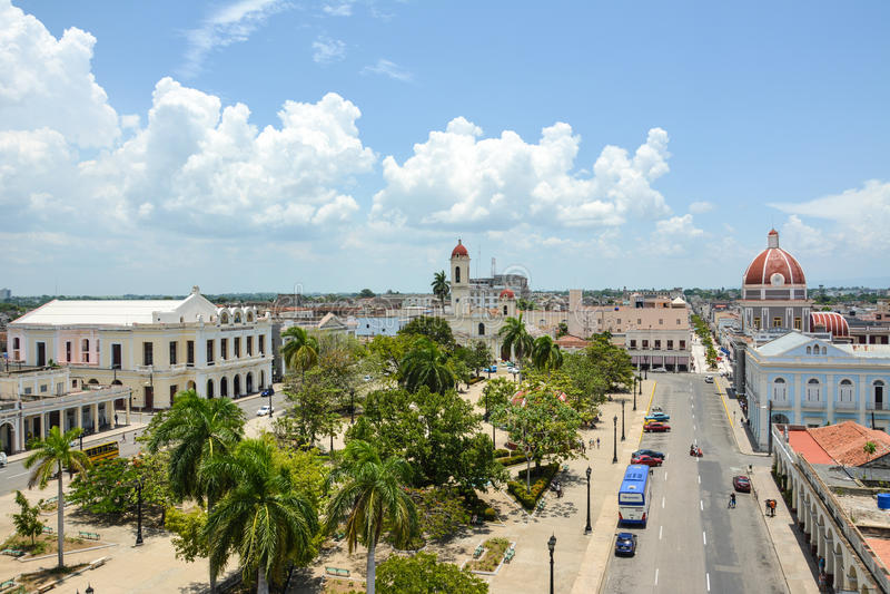 Algemene mening van Cienfuegos-vierkant stock foto's