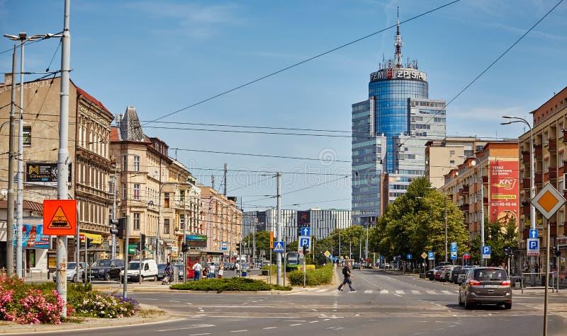 Algemene mening van de Bevrijdingsweg Aleja Wyzwolenia stock foto
