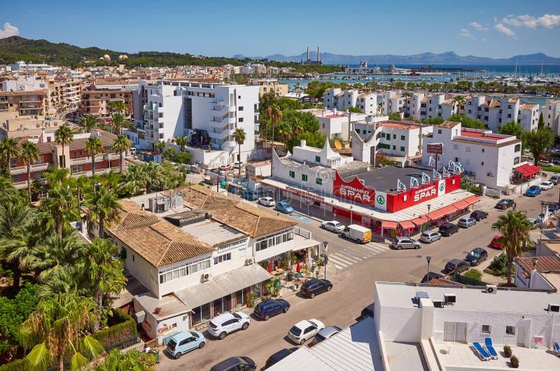 Algemene mening van de Haven van Alcudia, Mallorca royalty-vrije stock fotografie