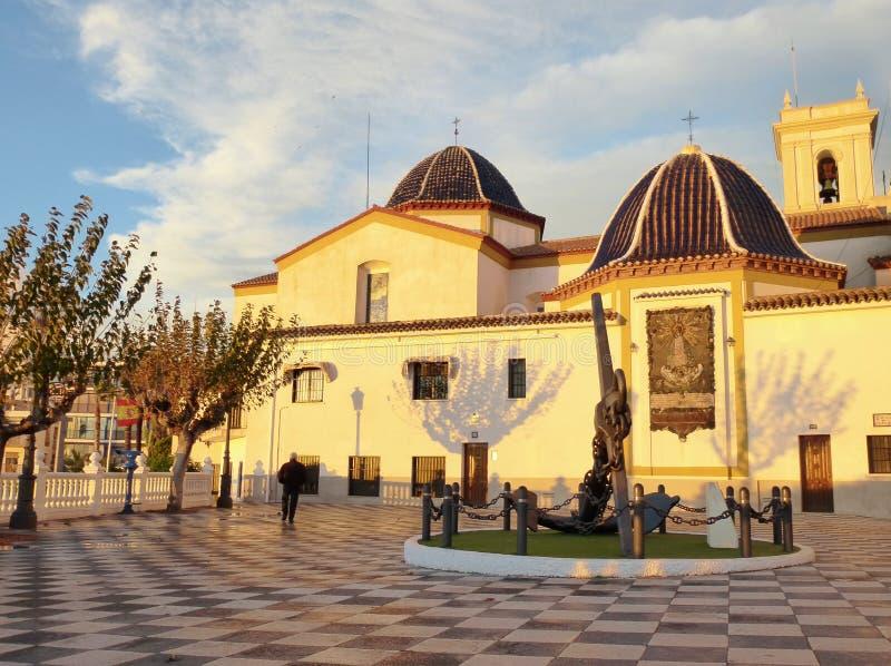 Algemene mening van de kerk van Benidorm Spanje royalty-vrije stock foto's