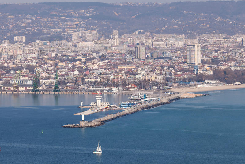 Algemene mening van Varna, de overzeese hoofdstad van Bulgarije stock foto's