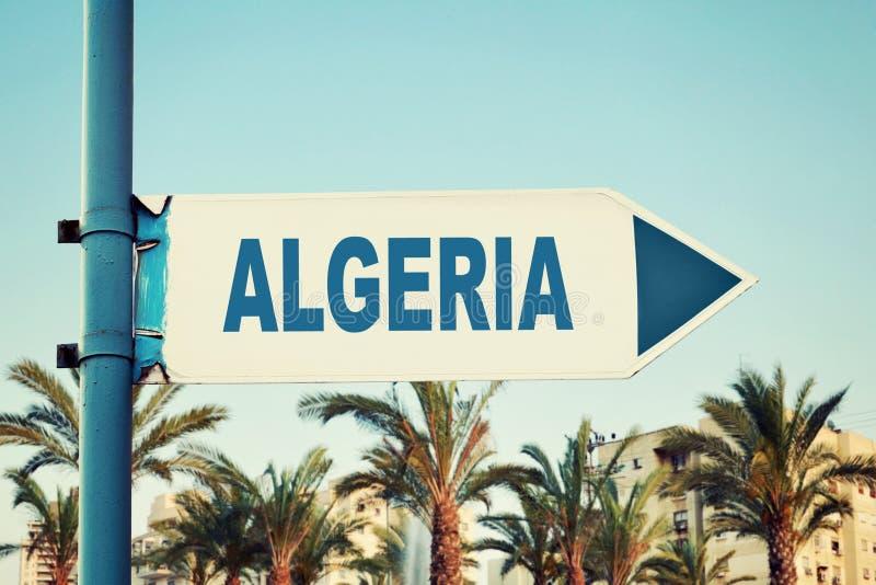 Algerien-Verkehrsschild stockfotos