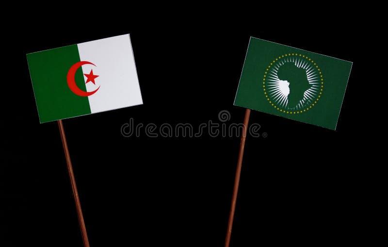 Download Algerische Flagge Mit Der Flagge Der Afrikanischen Union Lokalisiert Auf Schwarzem Stockfoto - Bild von krise, überschneidung: 96931226