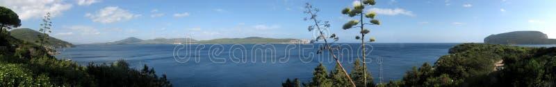 Alghero et x28 ; Italy& x29 ; Baie de Caccia de capo - Sardaigne photographie stock libre de droits