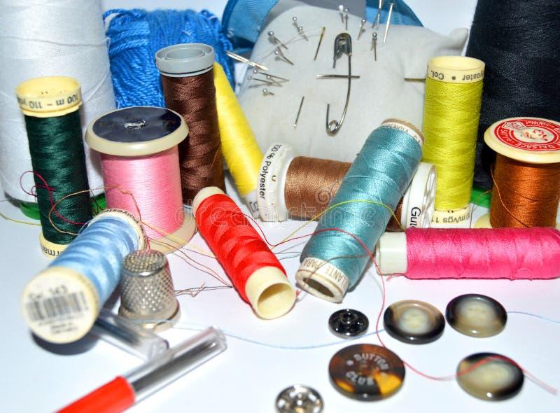 Algunas herramientas de costura fotos de archivo