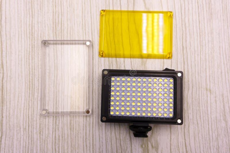 Alguns conduziram a ciência das lâmpadas e o fundo claros azuis da tecnologia foto de stock royalty free