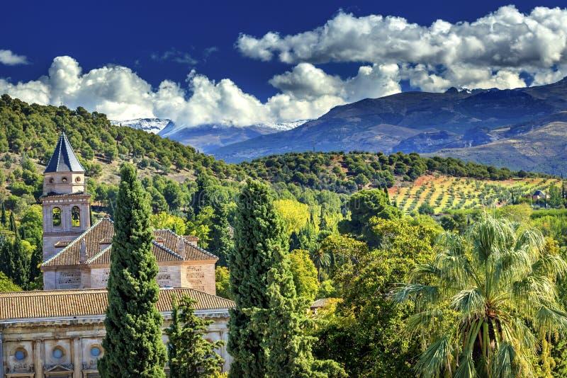 Alhambra Church Farm Mountains Granada Andalusia Spagna fotografia stock libera da diritti