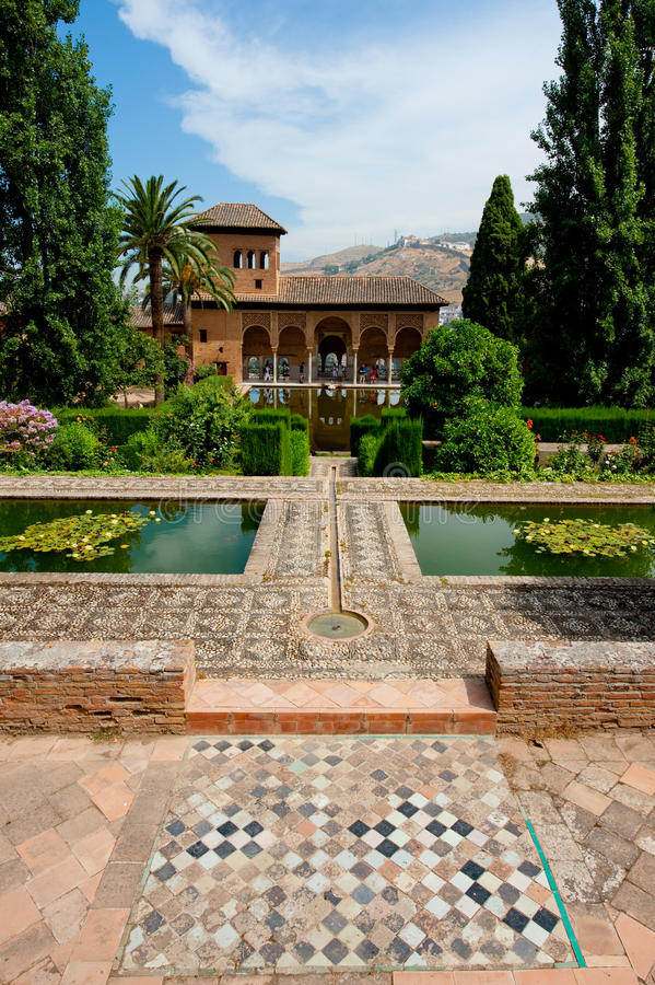 Download Alhambra Of Granada Royalty Free Stock Images - Image: 14587719