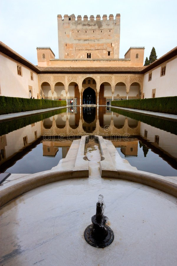 alhambra granada slott spain arkivbilder