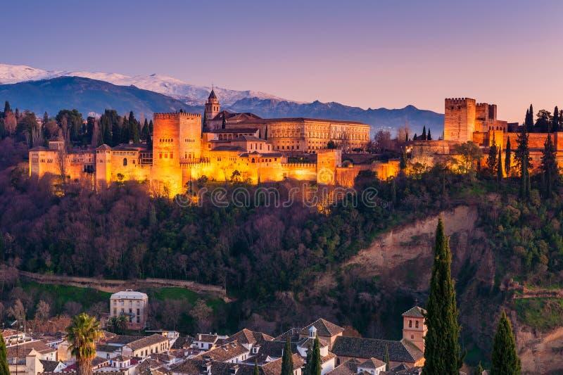 Alhambra Granada Spain bij Zonsondergang stock fotografie