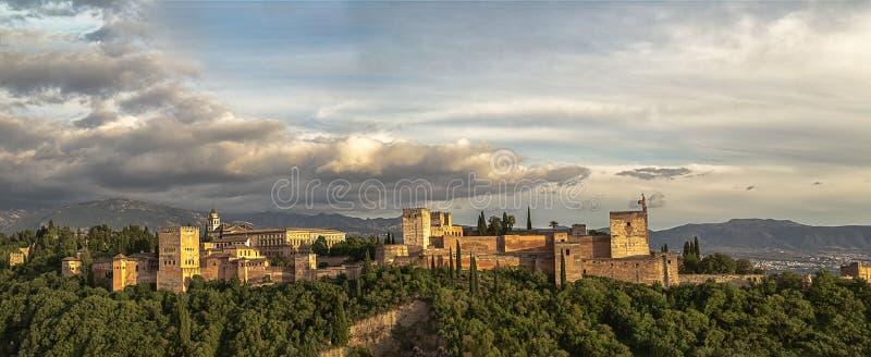 Alhambra - grand panorama photo libre de droits