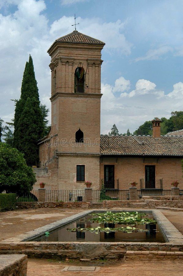 Alhambra : Jardin Photos libres de droits