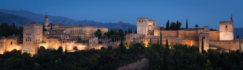 Alhambra nel ` s Granada della Spagna durante la stagione estiva fotografia stock