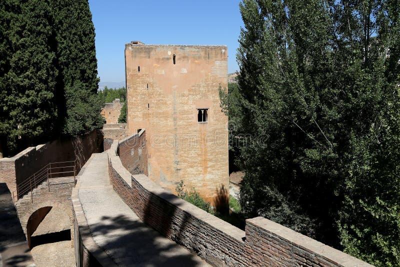Alhambra Palace - medeltida moorishslott i Granada, Andalusia, Spanien fotografering för bildbyråer
