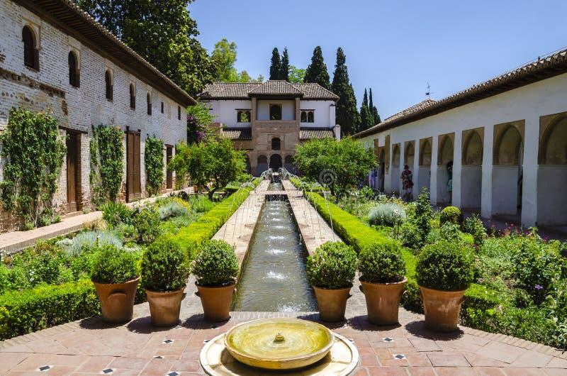 Alhambra paleis, Granada, Spanje stock afbeelding
