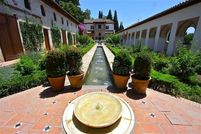 alhambra pogodny obraz royalty free