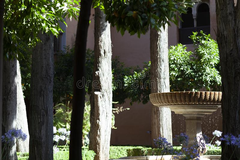 alhambra springbrunn royaltyfria foton