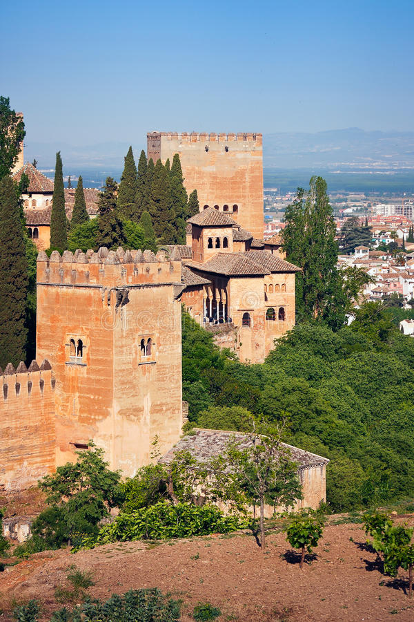 alhambra torn arkivfoton
