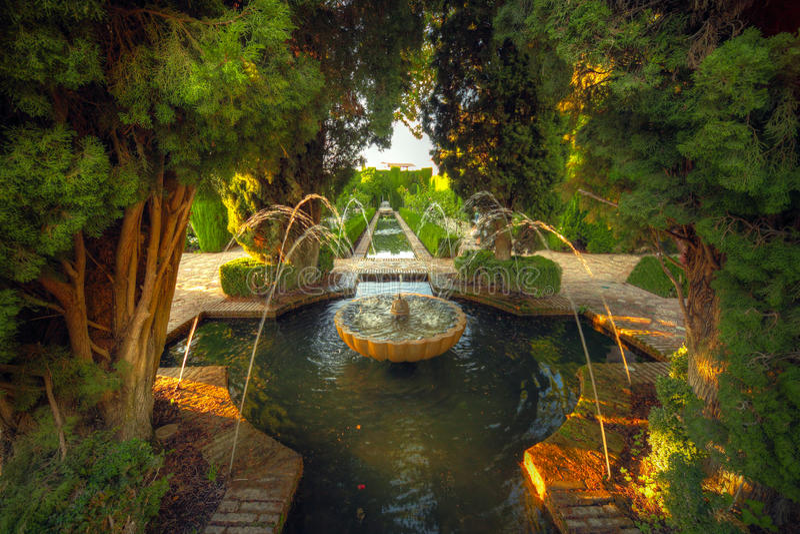 Alhambra tuin, Granada, Spanje royalty-vrije stock afbeelding