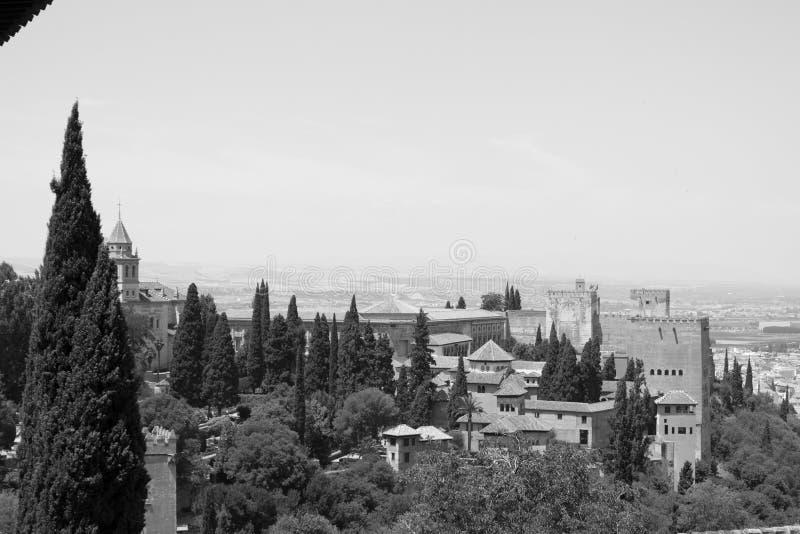 Alhambra in zwart-wit stock foto's