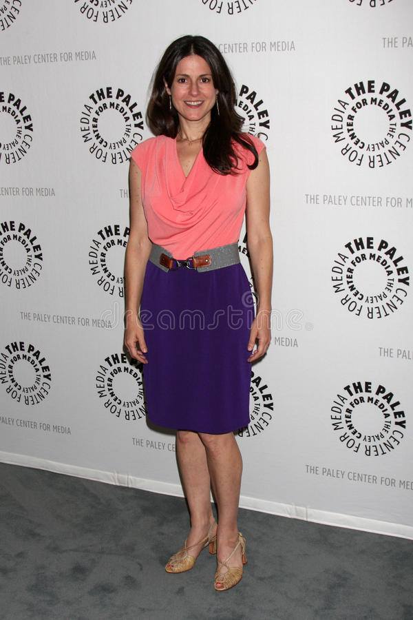 Download Ali Marsh Arrives At The Celebration Of The Final Season Of USA Network's 'In Plain Sight' Editorial Stock Image - Image of final, media: 25284169