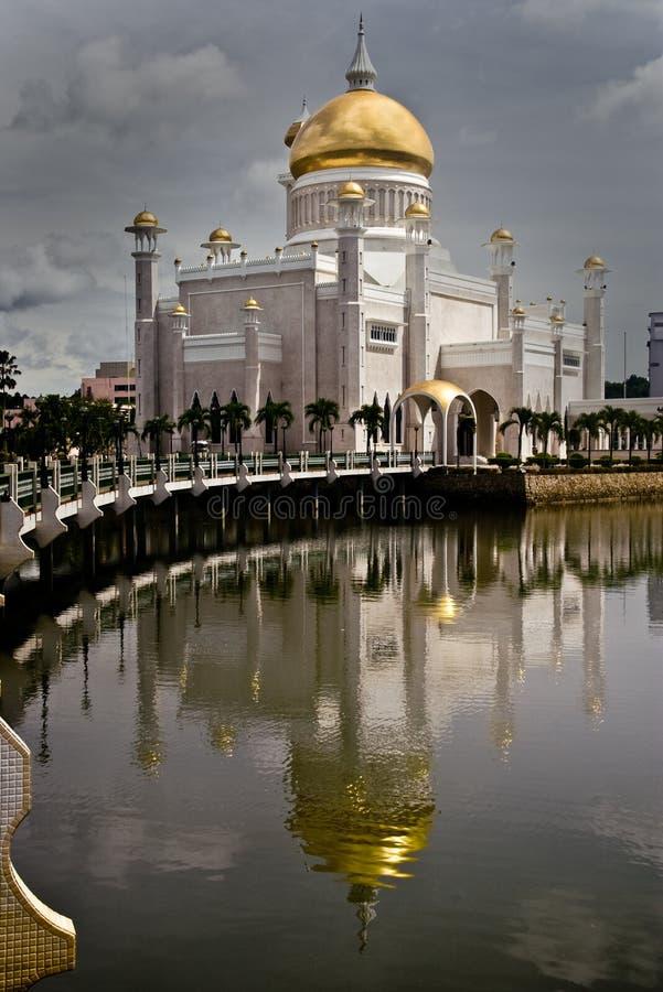 ali moskéomar saifuddin arkivbilder