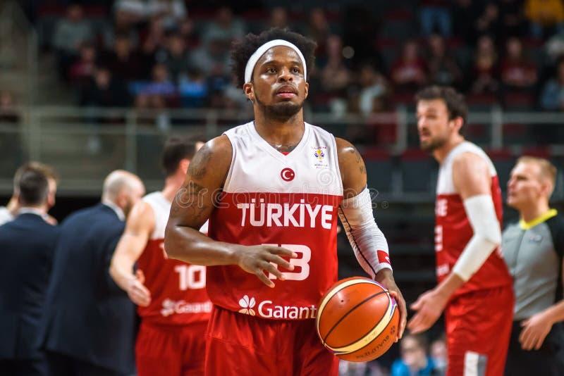 Ali Muhhamed Bobby Dixon, pendant le jeu entre la Lettonie et la Turquie photos libres de droits