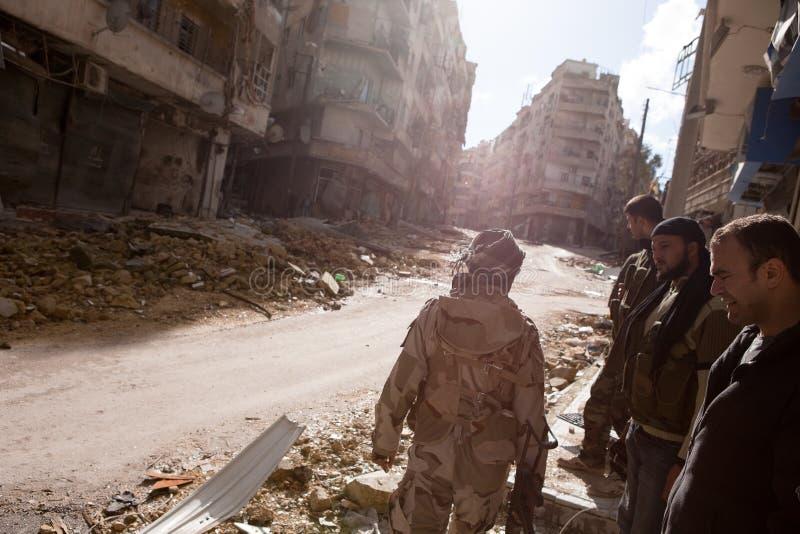 Aliado do atirador furtivo, Aleppo, Síria. fotos de stock royalty free