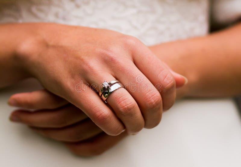 Aliança de casamento imagem de stock