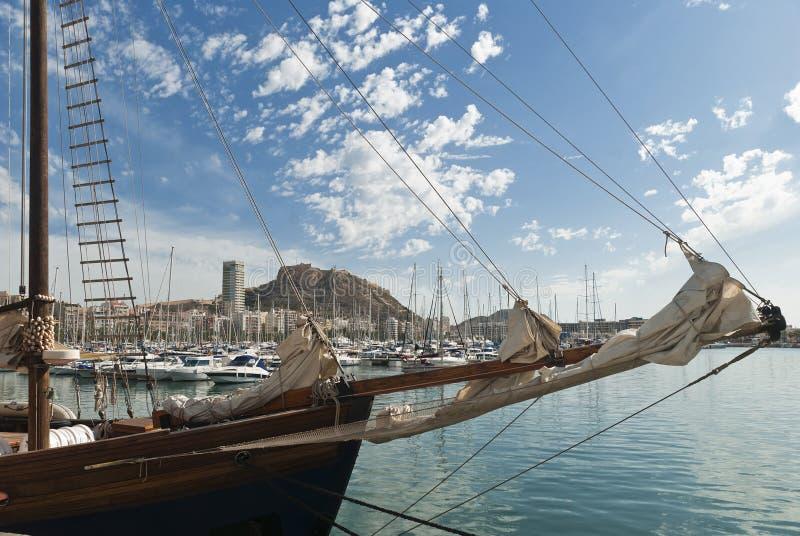 Download Alicante, Hiszpania zdjęcie stock. Obraz złożonej z cityscape - 25898198