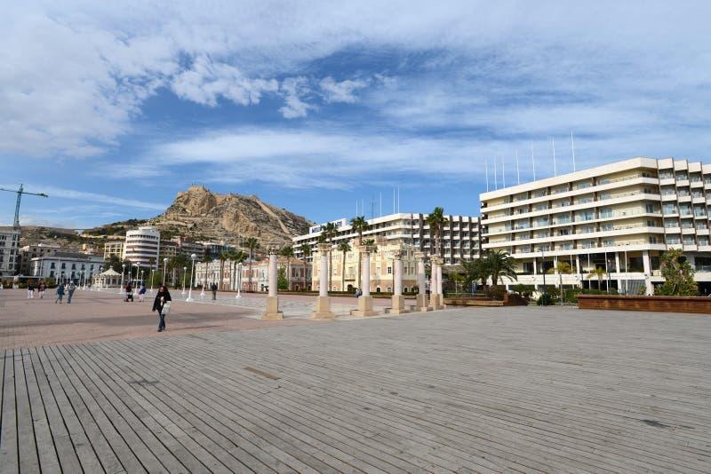 Download Alicante - La Ville En Région Autonome De Valensiysky Photo stock - Image du province, ciel: 45368420