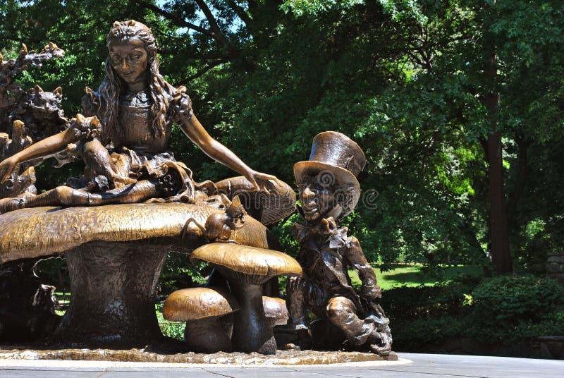 Alice no país das maravilhas no Central Park fotografia de stock